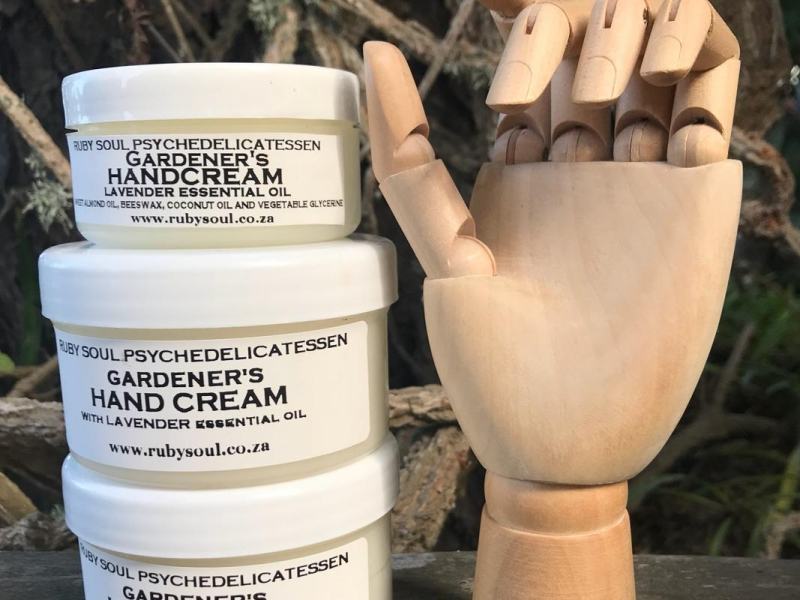 GARDENERS HANDCREAM lavender essential oil